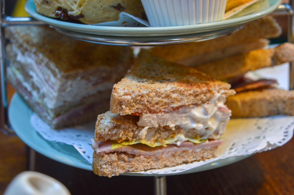Festive afternoon tea at fourteas in stratford upon avon