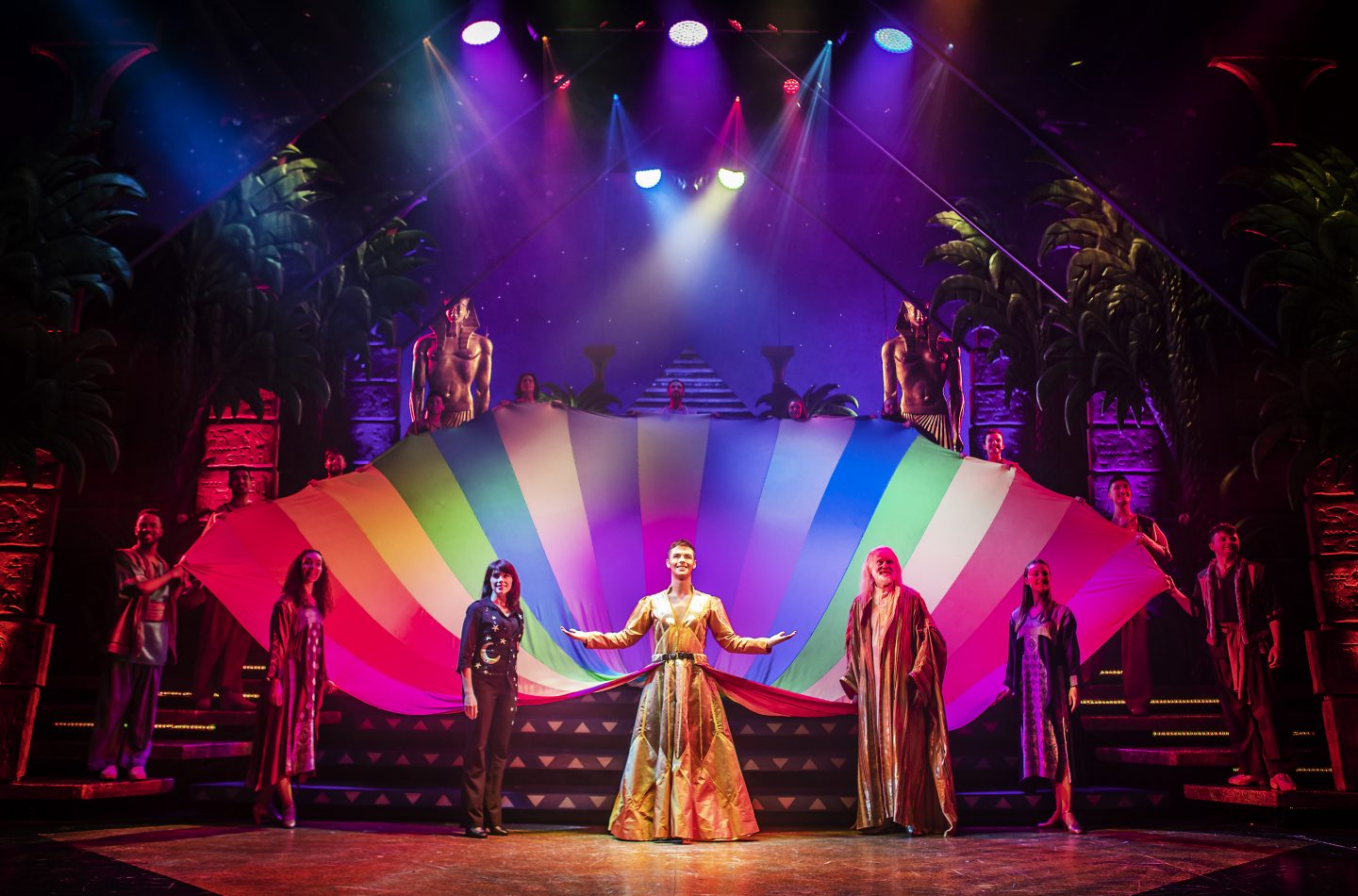 Joseph and the Amazing Technicolor Dreamcoat in Oxford
